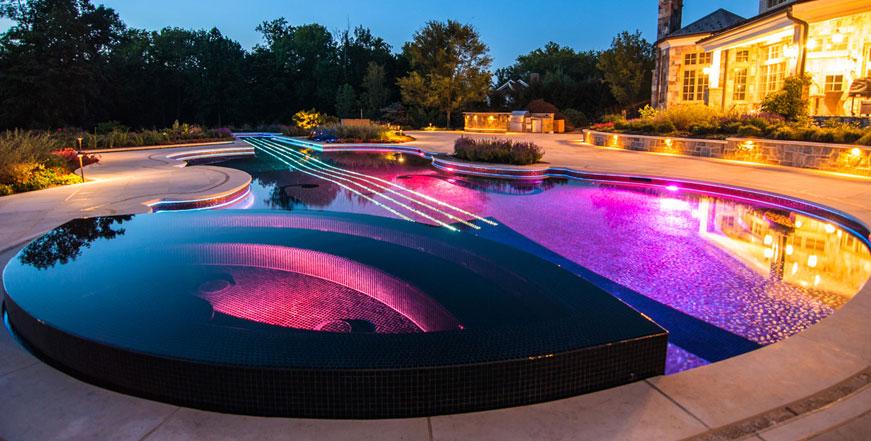 iluminación de piscinas en Colombia